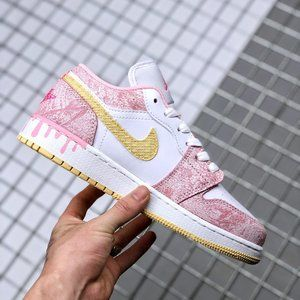 "Air Jordan 1 Low GS ""Paint Drip"" ice cream"